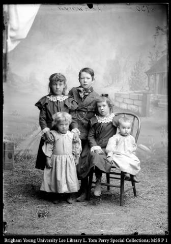 The_Children_of_Robert_and_Mary_Farish